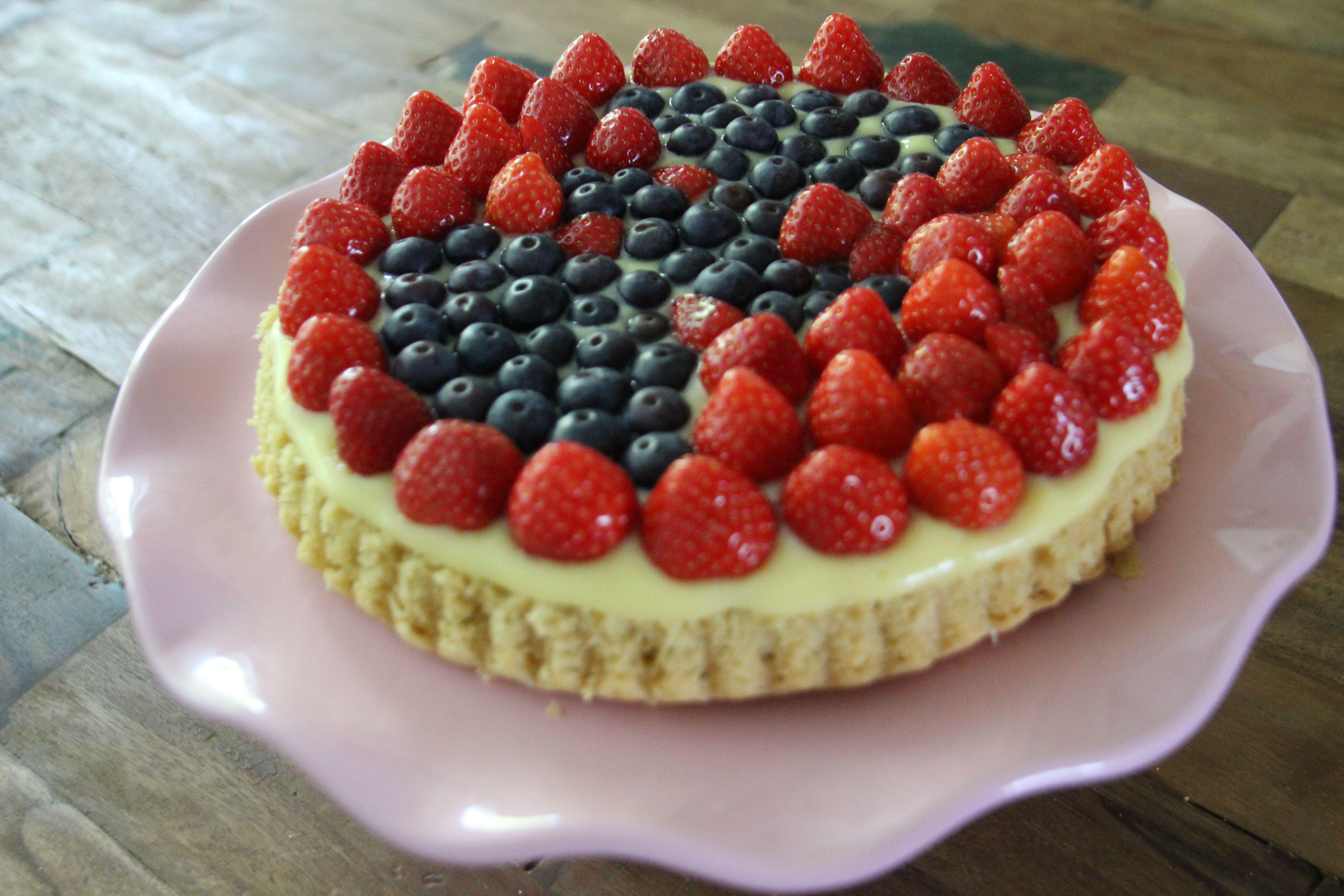Erdbeer-Blaubeer-Torte