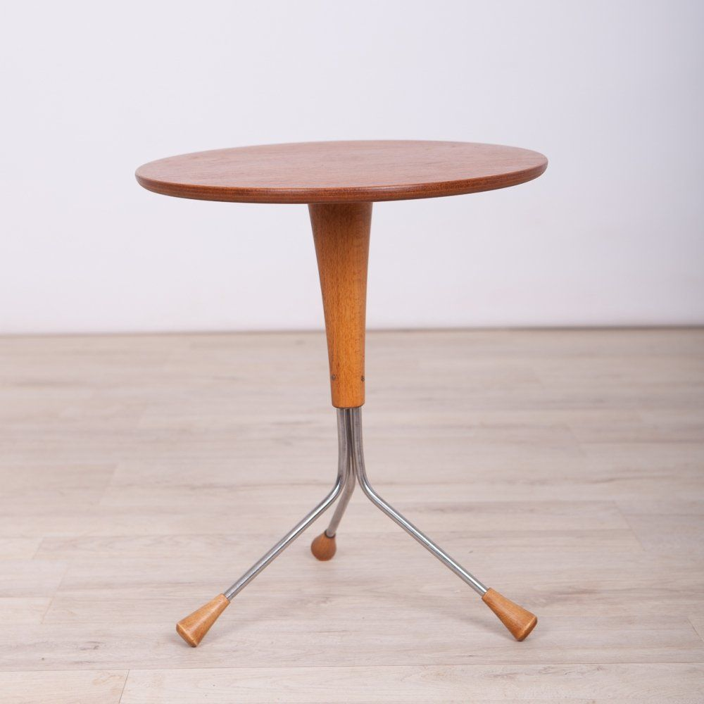 For Sale Side Table By Albert Larsson For Alberts Tibro 1950s Side Table Tibro Table Design [ 1000 x 1000 Pixel ]