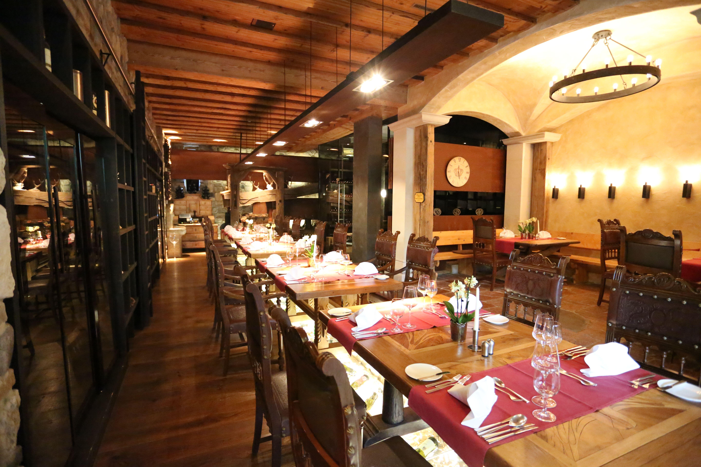 Arte Vinum Restaurant & Weinkeller  Von Gault Millau Mit