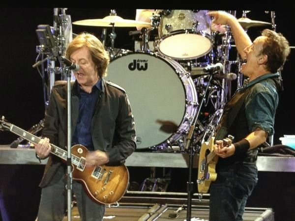 Pin by James Jones on Artists | Pinterest | Stage, Bruce springsteen ...