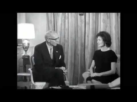 JACQUELINE KENNEDY TALKS WITH DR. BENJAMIN SPOCK (1960)