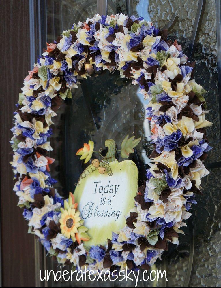 Photo of Turn scraps of fabric into a fun autumn wreath