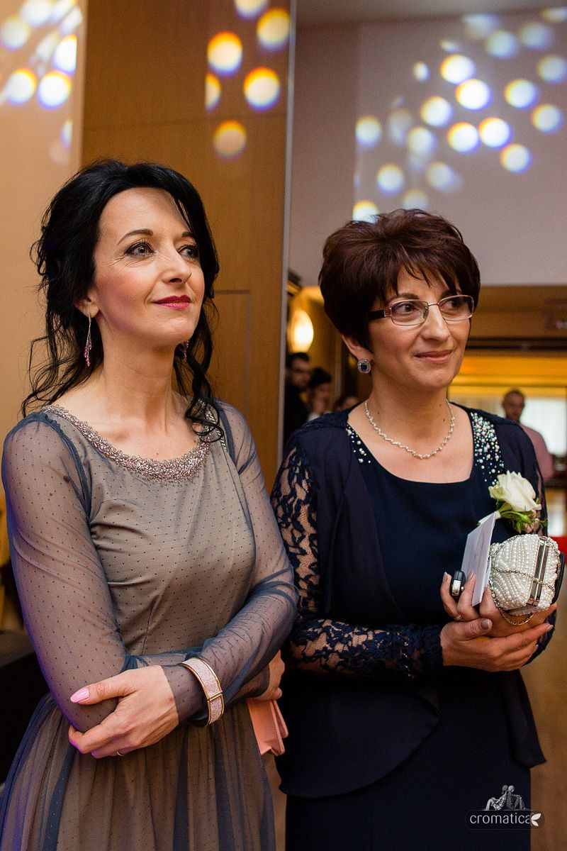 tarceaoana.com/ spring wedding purple wedding la sposa ilysse