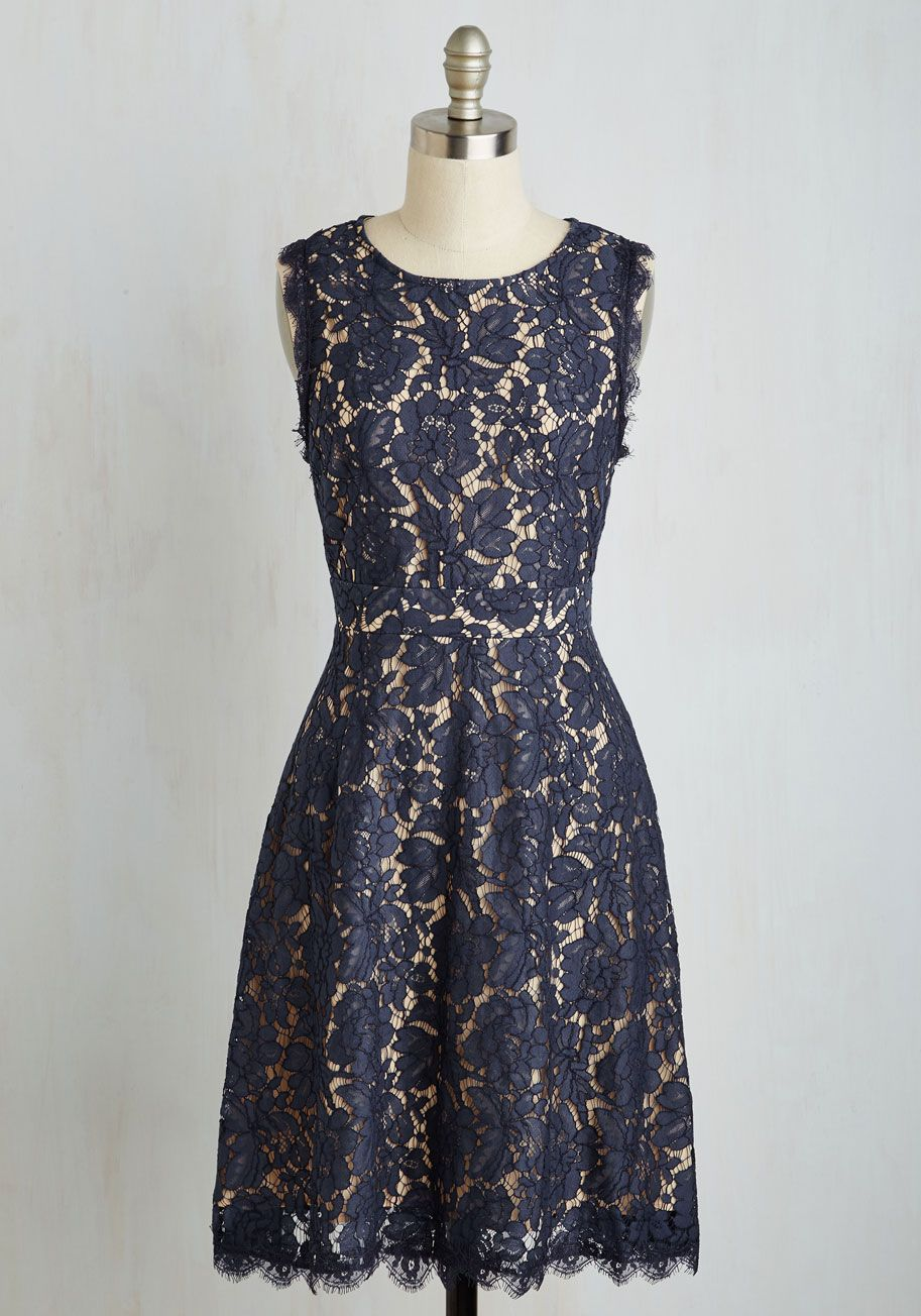Look opulent on arrival in this lovely lace dress the navy blue
