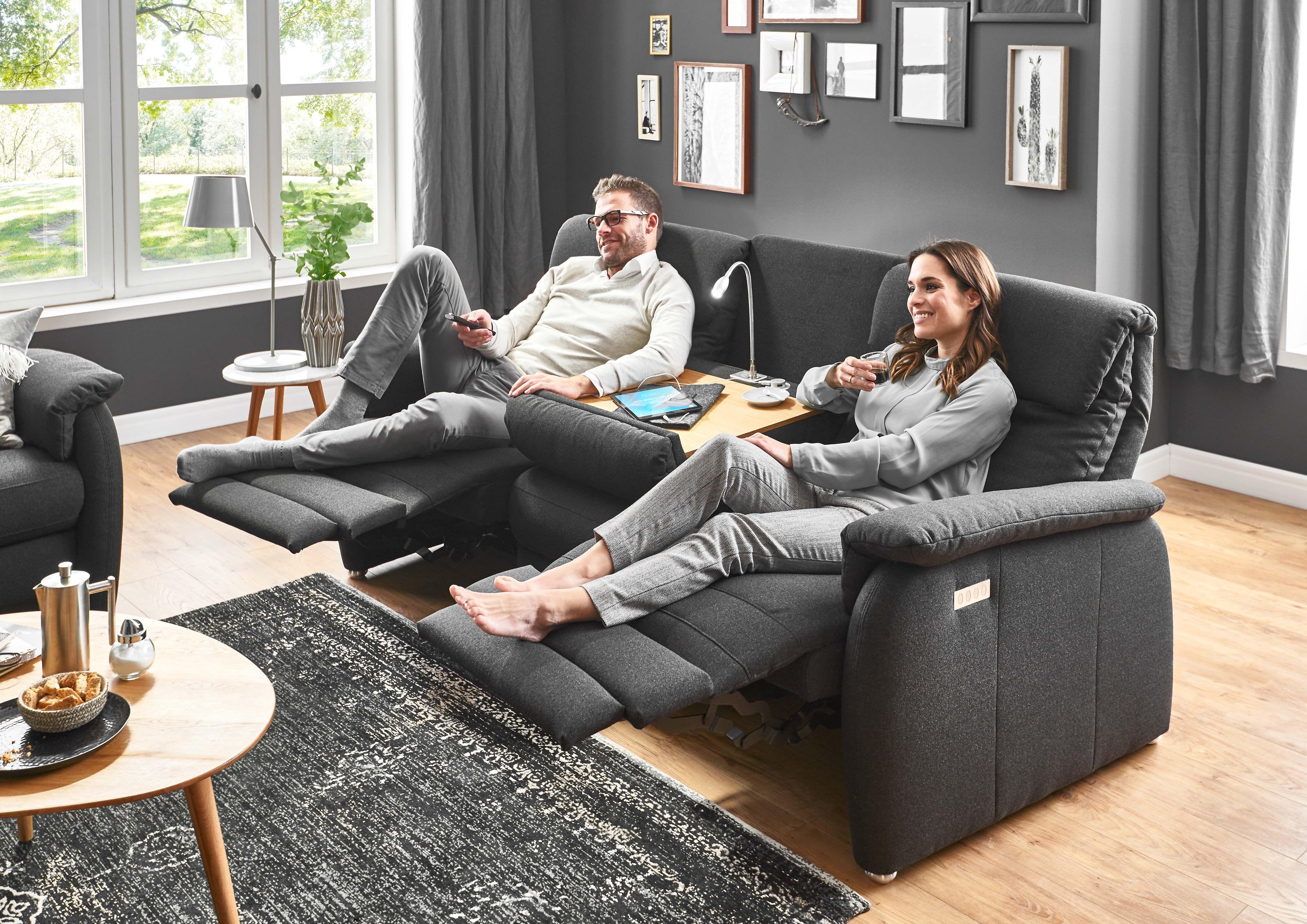 Sofa Mit Integrierter Relaxfunktion Wohnzimmer Sofa Sofa Sessel