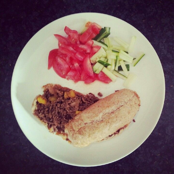 Meatloaf with a salad of tomato and cucumber