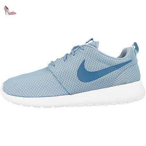 best sneakers c02e7 40667 Nike Roshe One, Chaussures de Running Compétition Homme, Bleu (Mica  Blau Rauchblau