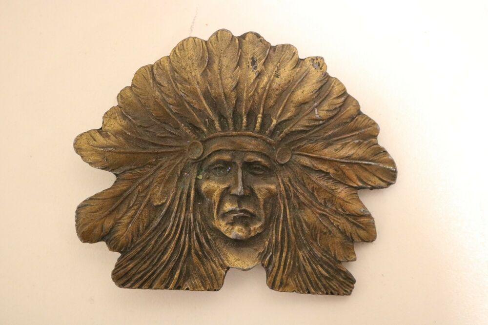VINTAGE NATIVE AMERICAN INDIAN CHIEF HEAD INDIANA METAL CRAFT BELT BUCKLE