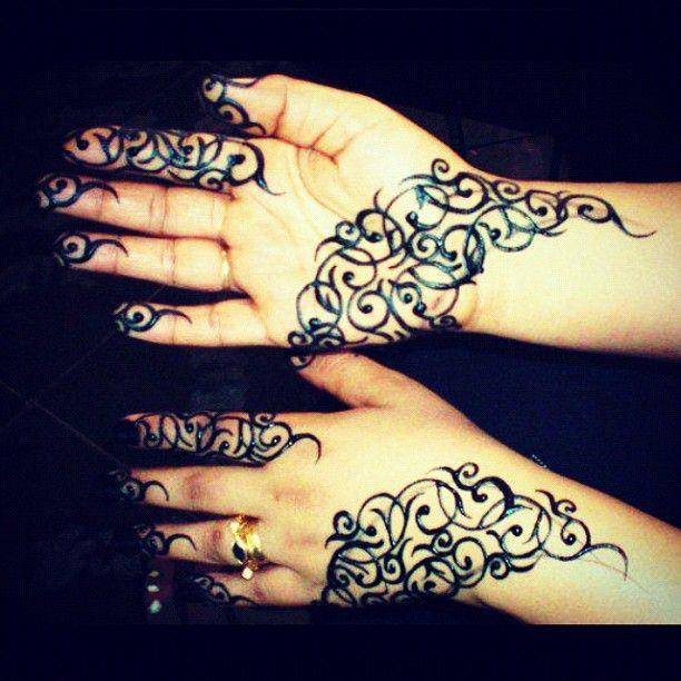 Instagram Photo By Rumesa Free Style Rumesa Via Iconosquare Henna Henna Patterns Henna Hand Tattoo