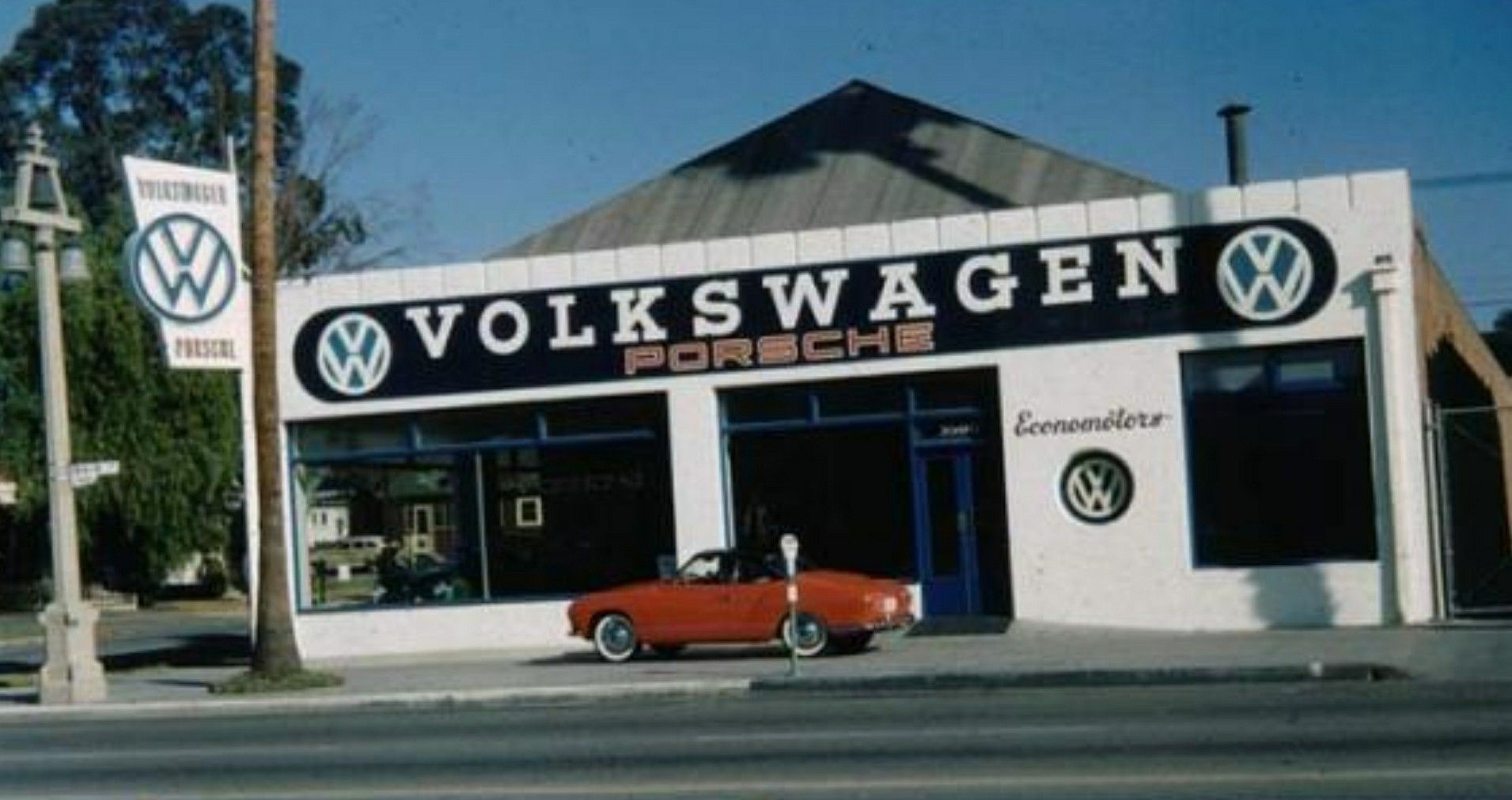Pin By Ibossksxo Boss On Volkswagens Vw Karmann Ghia Vintage Vw Volkswagen Karmann Ghia