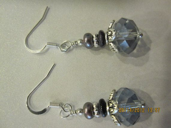 elegant dangle earrings $6.50