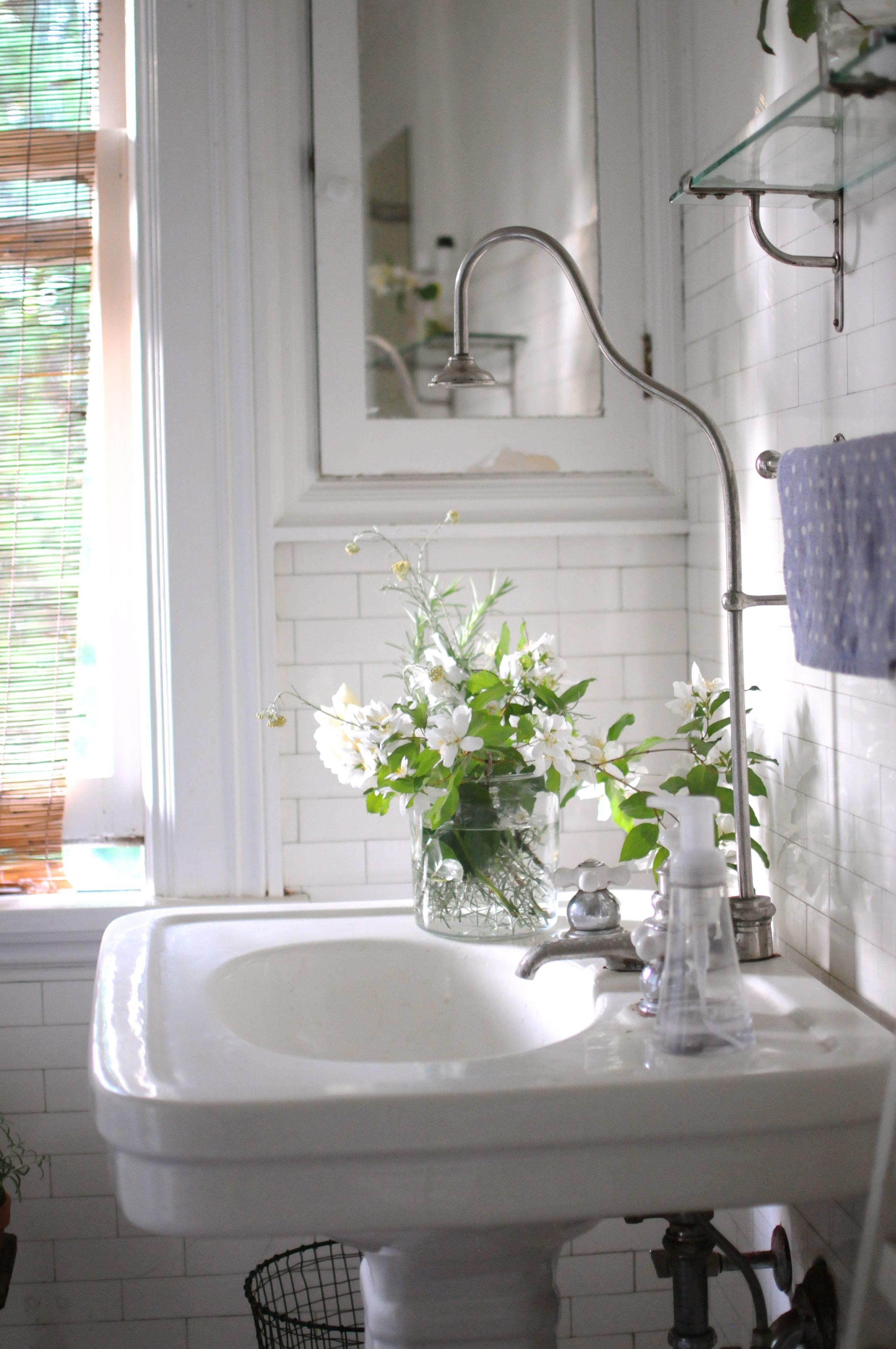 Bathroom sink vanity faucet | Bathroom | Pinterest | Faucet, Sinks ...