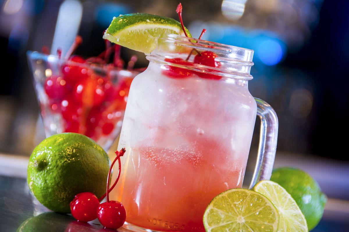 Louie S Oh So Cherry Cocktail Http Www Ehsrg Com Louies Home Cherry Cocktail Mason Jar Mug Yummy Food