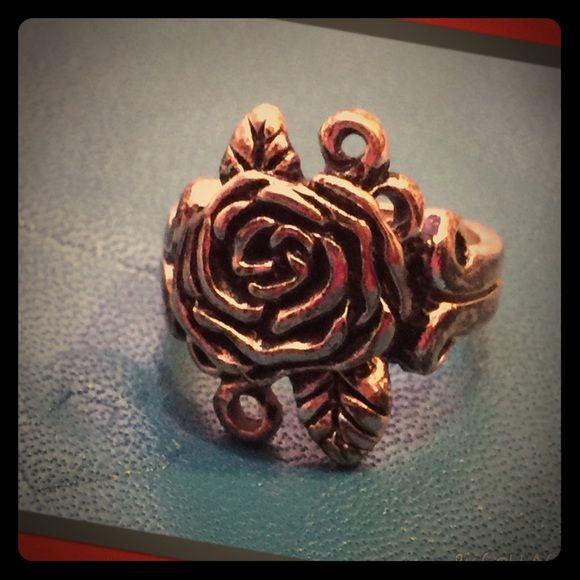 Silvertone Rose Ring Silvertone, vintage-looking rose ring. Jewelry Rings