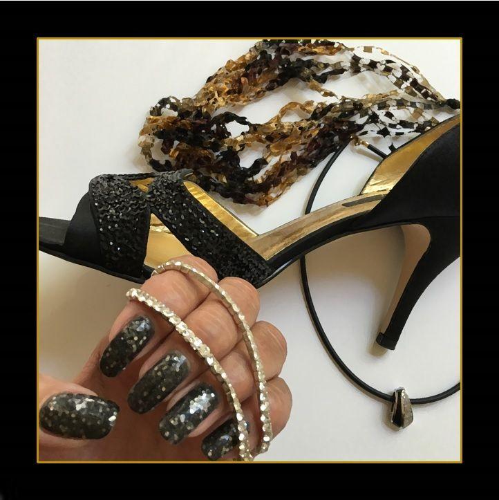 DIY new year nail art design!