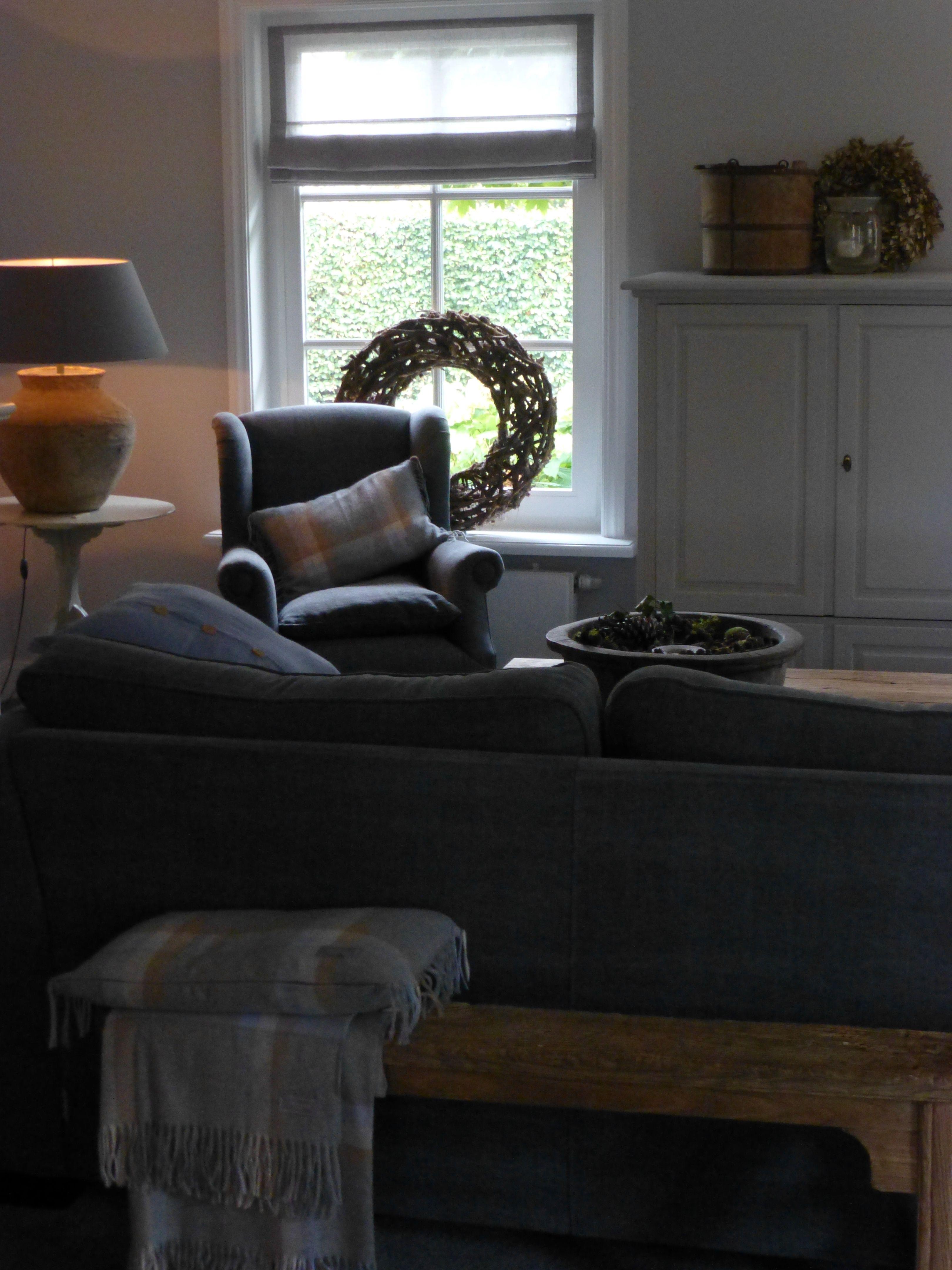 Sfeer woonkamer Antraciet en hout  Living room  Cosy