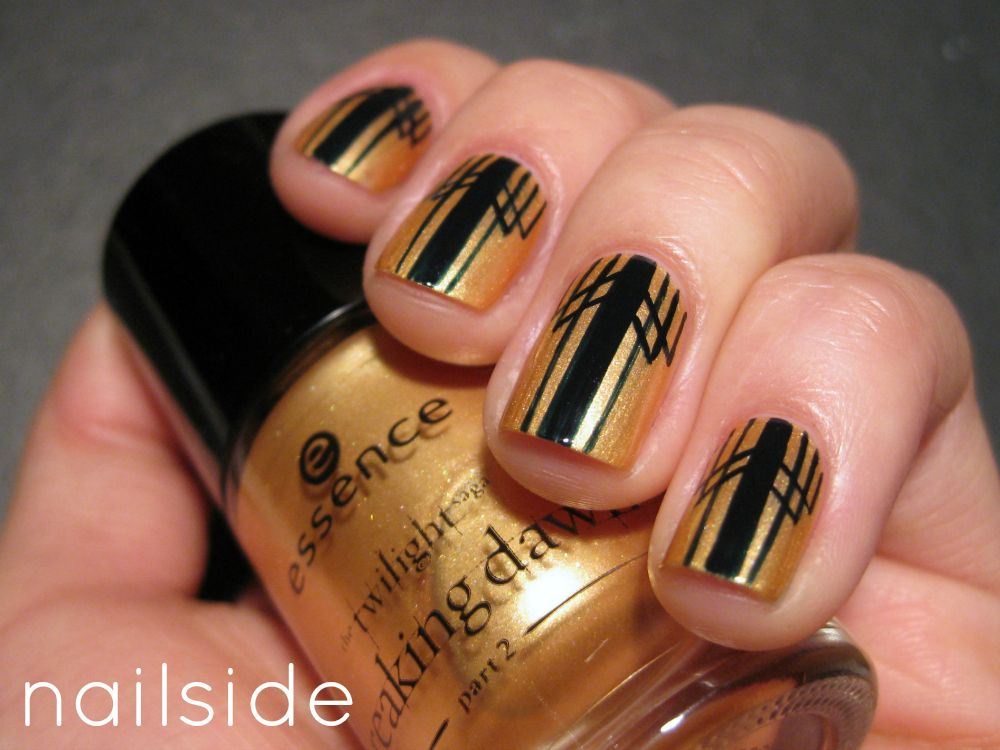 Line Art Nails : Today s daily nail art is this deco design by nailside