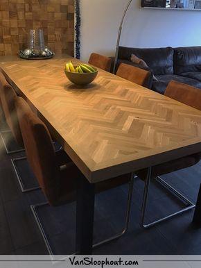 Rustiek New Oak visgraat tafel. Ben jij opzoek naar een klassieke en ...