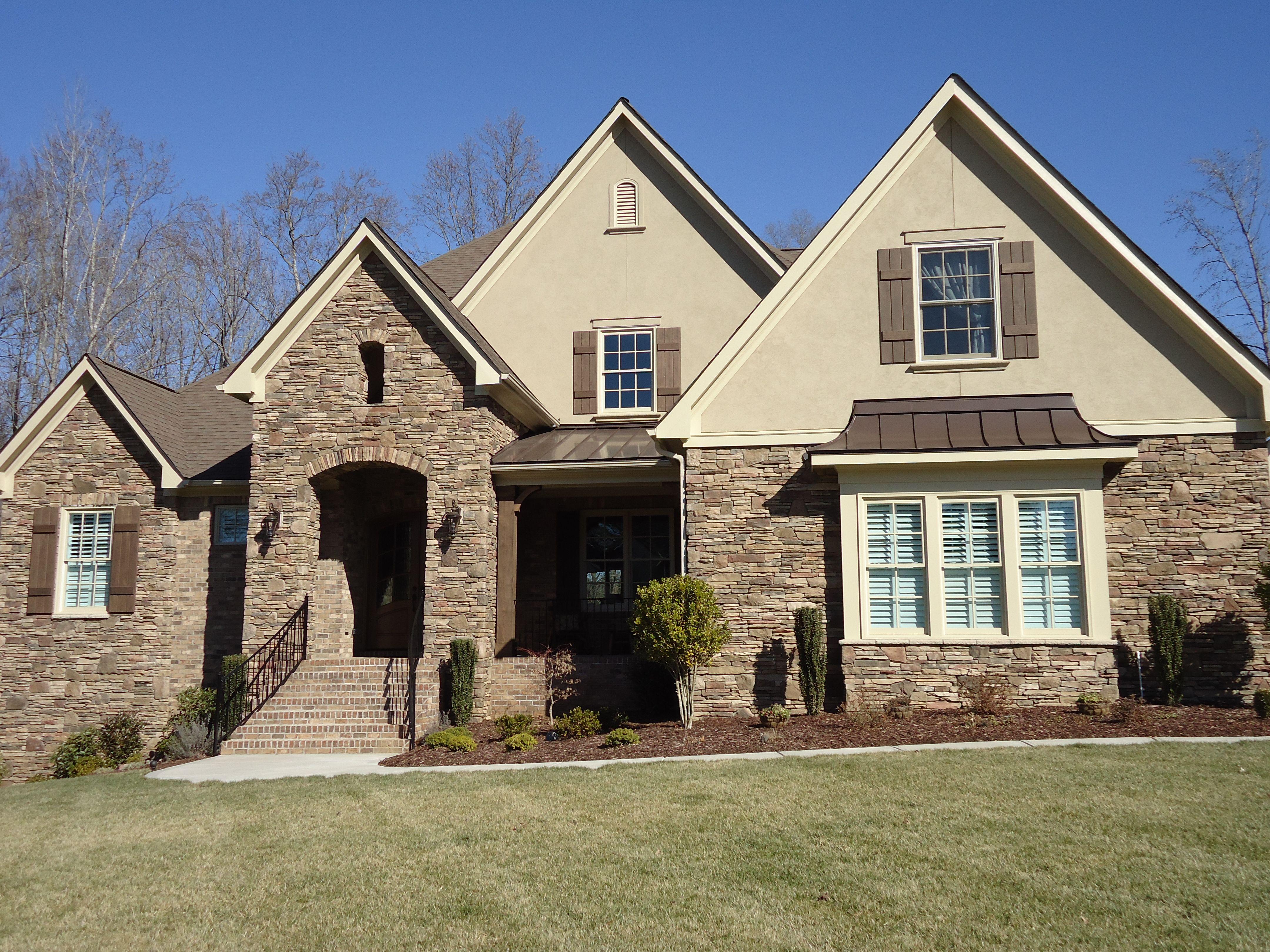 Best Arh Plan The Asheville 1131F Exterior 17 Roof Owens 400 x 300