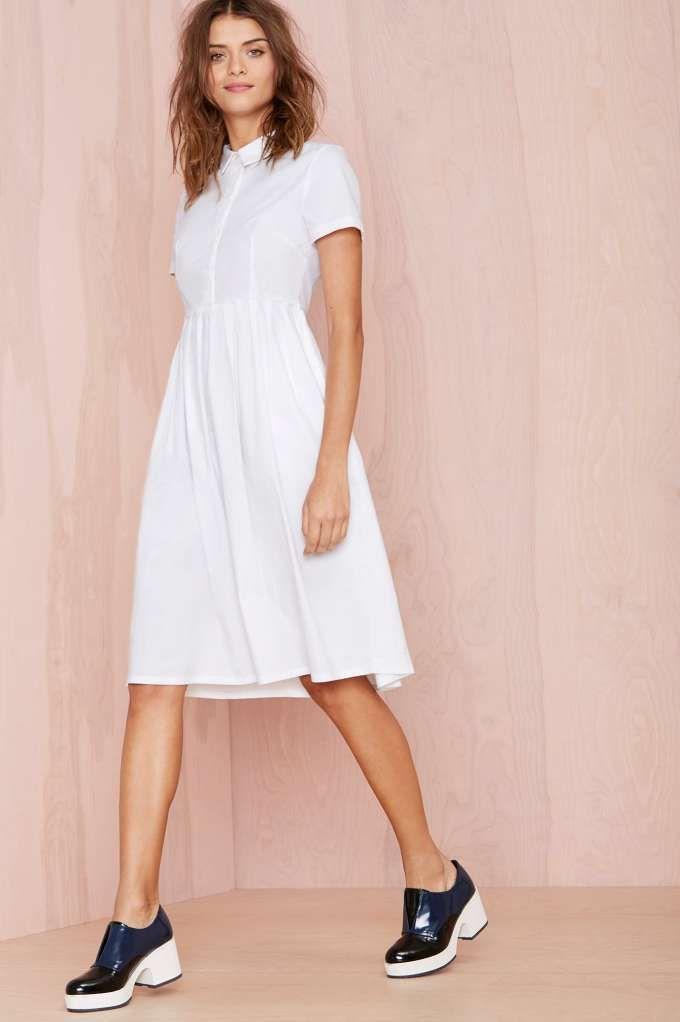 little white dress | DRESSES | Pinterest | Espuma del mar, Ropa ...