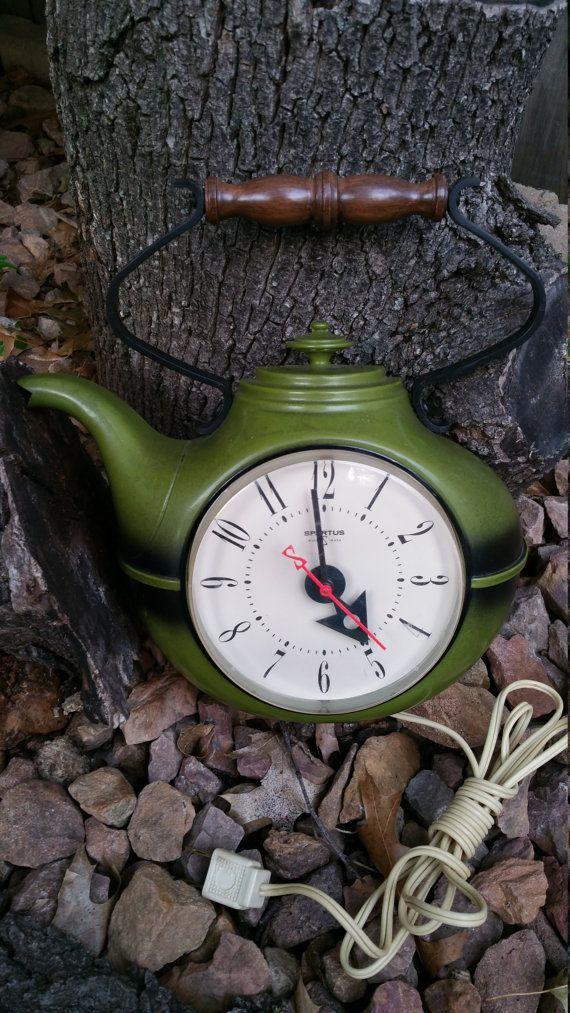 1960s Green Spartus Corp Electric Teapot Wall Clock Retro