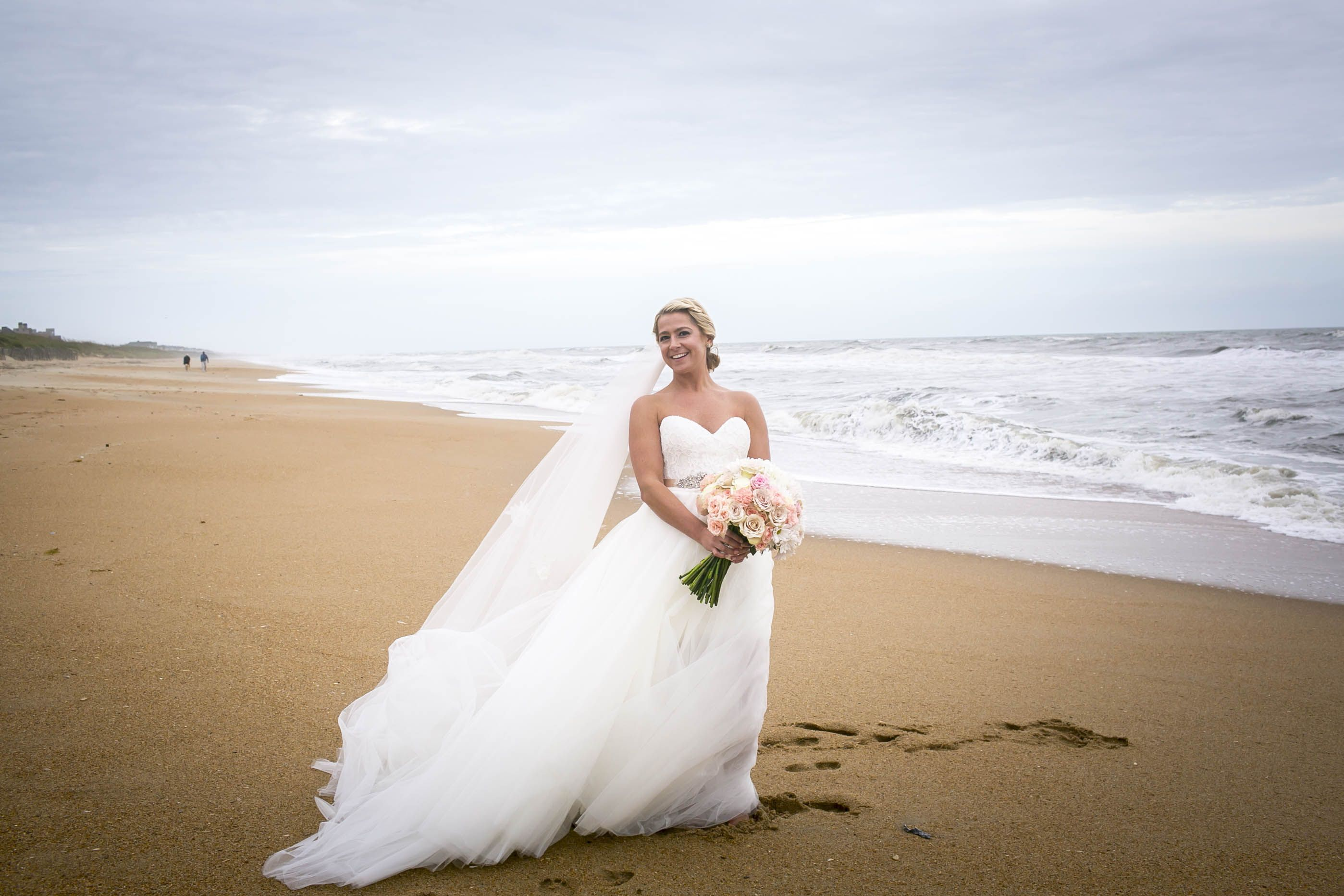 Beach wedding looks  Kick Off Your Forever With A Love Filled Wedding On The Beach  My
