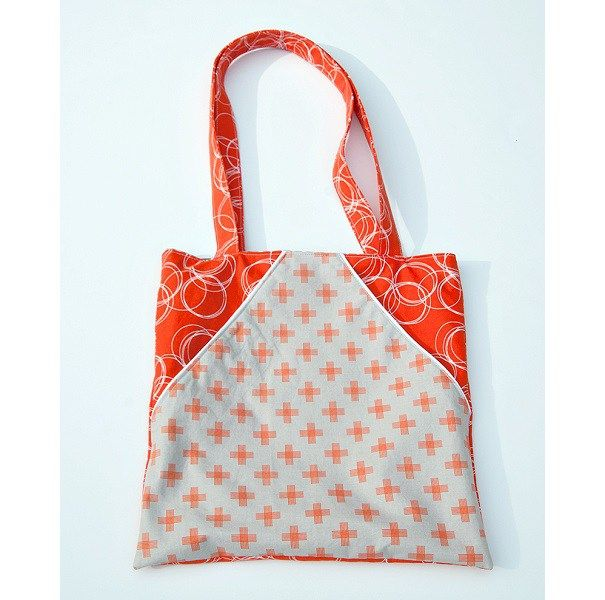 Tutorial: Triangle pocket tote bag (Sewing   Triangle, Tutorials and ...