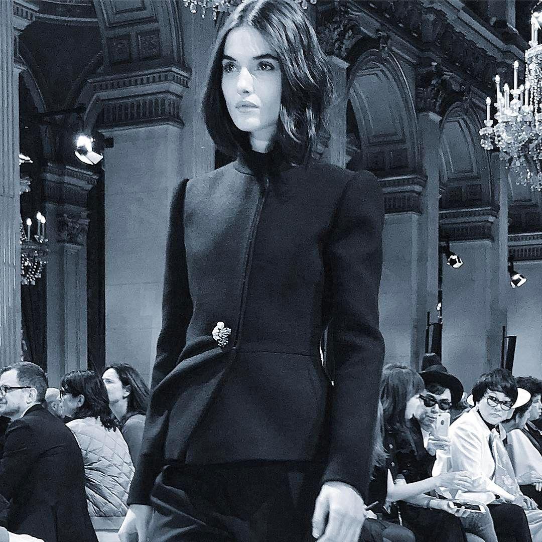 The impeccableness of this black jacket @lanvinofficial by @bouchra.jarrar #black #paris