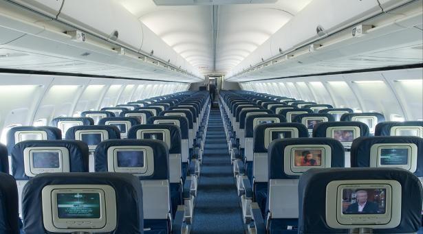 Delta Boeing 757 Interior Fly