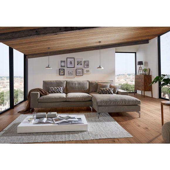 wohnlandschaft von hom 39 in ein elegantes schmuckst ck. Black Bedroom Furniture Sets. Home Design Ideas