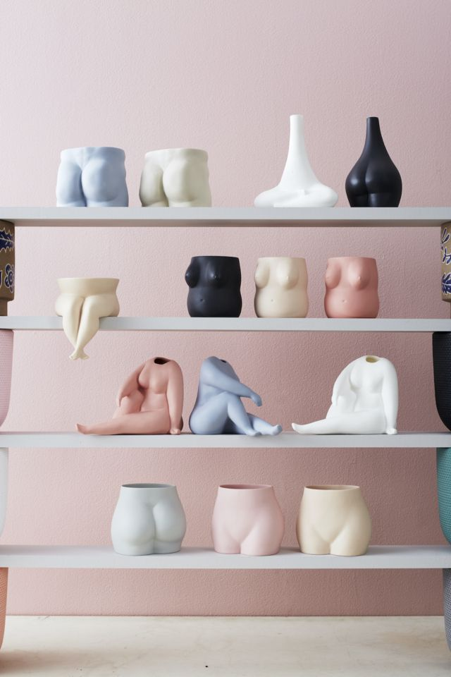 Ceramics Australia: Jones & Co latest a colour hit