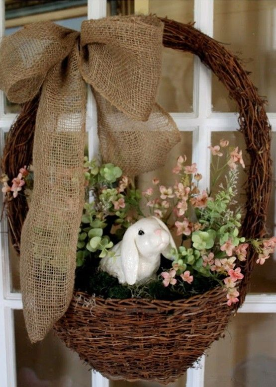 easter decorating ideas to beautify your easter Easter basket ideas, Rustic Easter Basket Wreath, DIY Easter craft ideas,  Easter party decorations #Easter #ideas #holiday www.loveitsomuch.com
