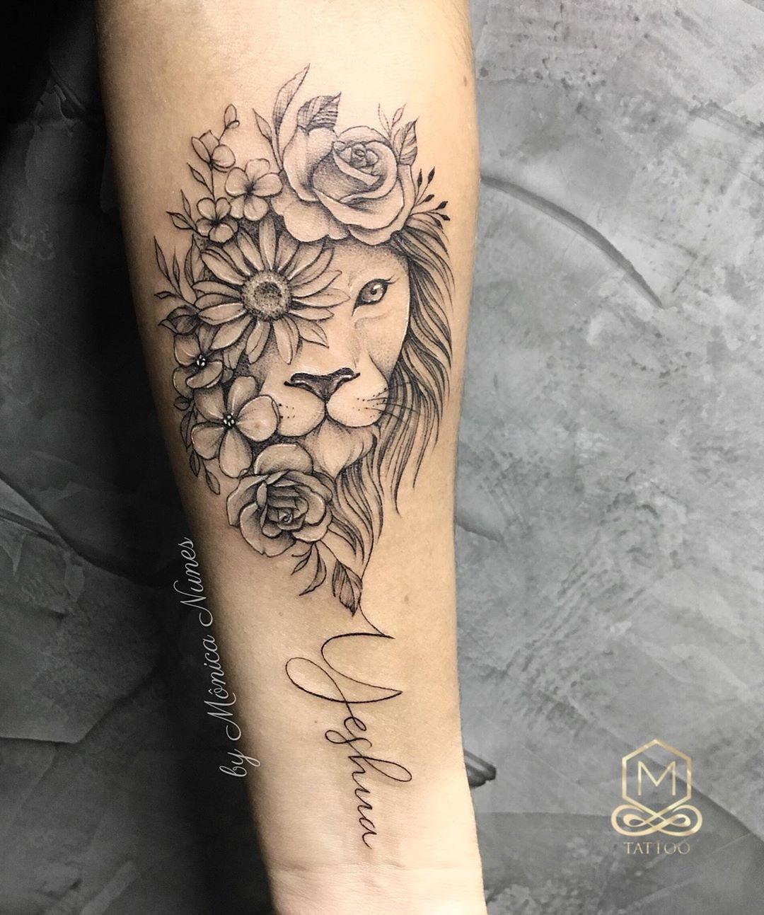 """Mônica Nunes_Studio M Tattoo on Instagram: """". . ➡️ tatuadora Mônica Nunes Whatsapp 47 9 9722 5444 . • Homenagem da Nanda ao nosso """"Leão de Judá"""" 🙏🏻. Obrigada querida pelas boas…"""""""