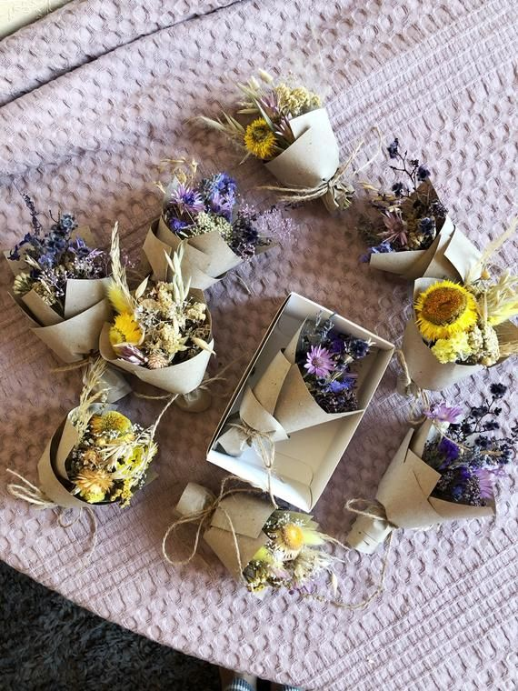 Small Bouquet of dry wild Flowers, flower gift box Small
