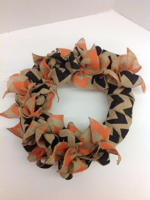 Ben Franklin Crafts Hawaii- Halloween Wreath/ straw wreath, chevron burlap ribbon in black and orange