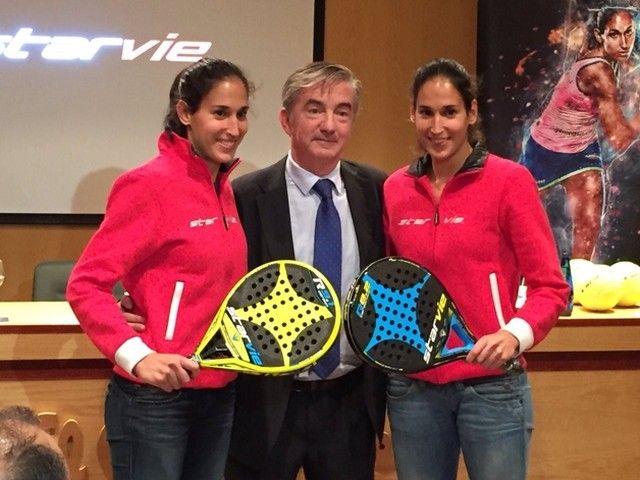 Majo y Mapi Sánchez Alayeto firman en Zaragoza su renovación con StarVie por tres temporadas más. Enhorabuena chicas! Foto: StarVie #starvie #Zaragoza #majo #mapi #worldpadeltour #instapadel #padeltime #padeladdict