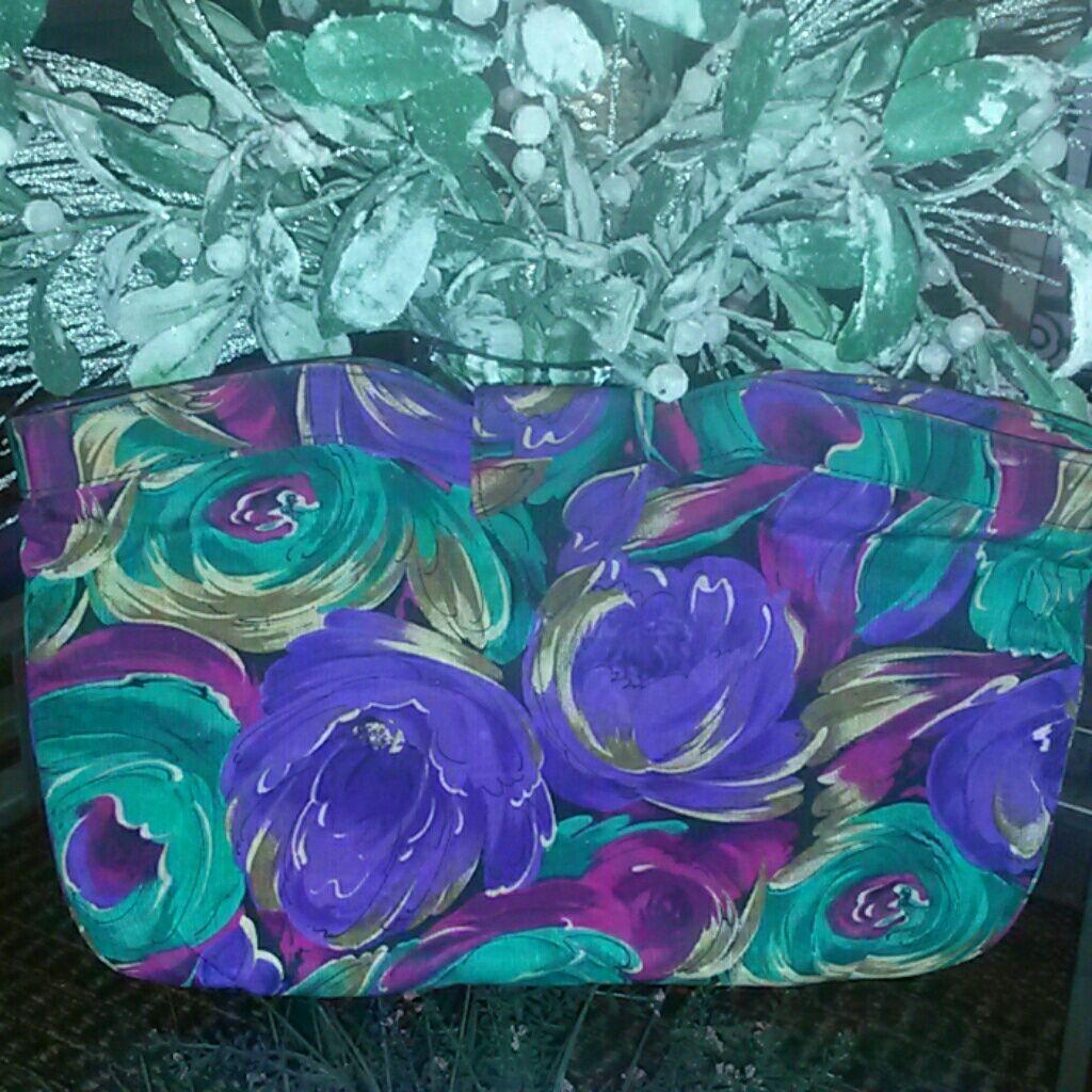 J Renee Multicolor Fabic Clutch Bag