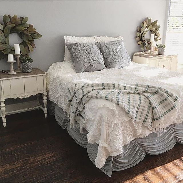 If you're in the market for new bedding, I highly suggest browsing ... : rivulet quilt - Adamdwight.com