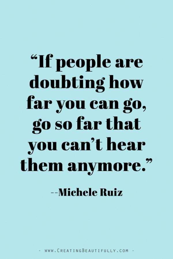 Inspiring Quotes from Powerful Women Entrepreneurs on CreatingBeautifully.com #inspiringquotes #quotesfromwomenentrepreneurs #girlbossquotes #MicheleRuiz #Mascara