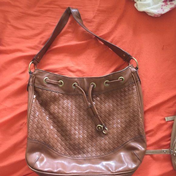 Brown bag Cute casual brown bag! Gently used.  Slight wear on strap. Bags Shoulder Bags