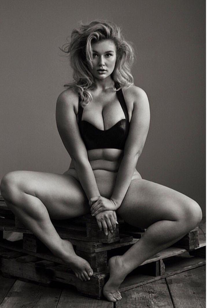 Hunter McGrady | plenitud del cuerpo femenino | Pinterest | El ...