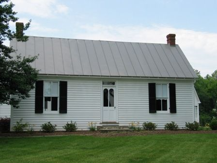 Civil War House This 2 Bedroom Home Includes A Room Dedicated To Civil War Artifacts Cottage House Bed And Breakfast