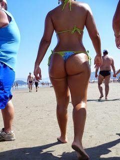 Nudist families atthe beach