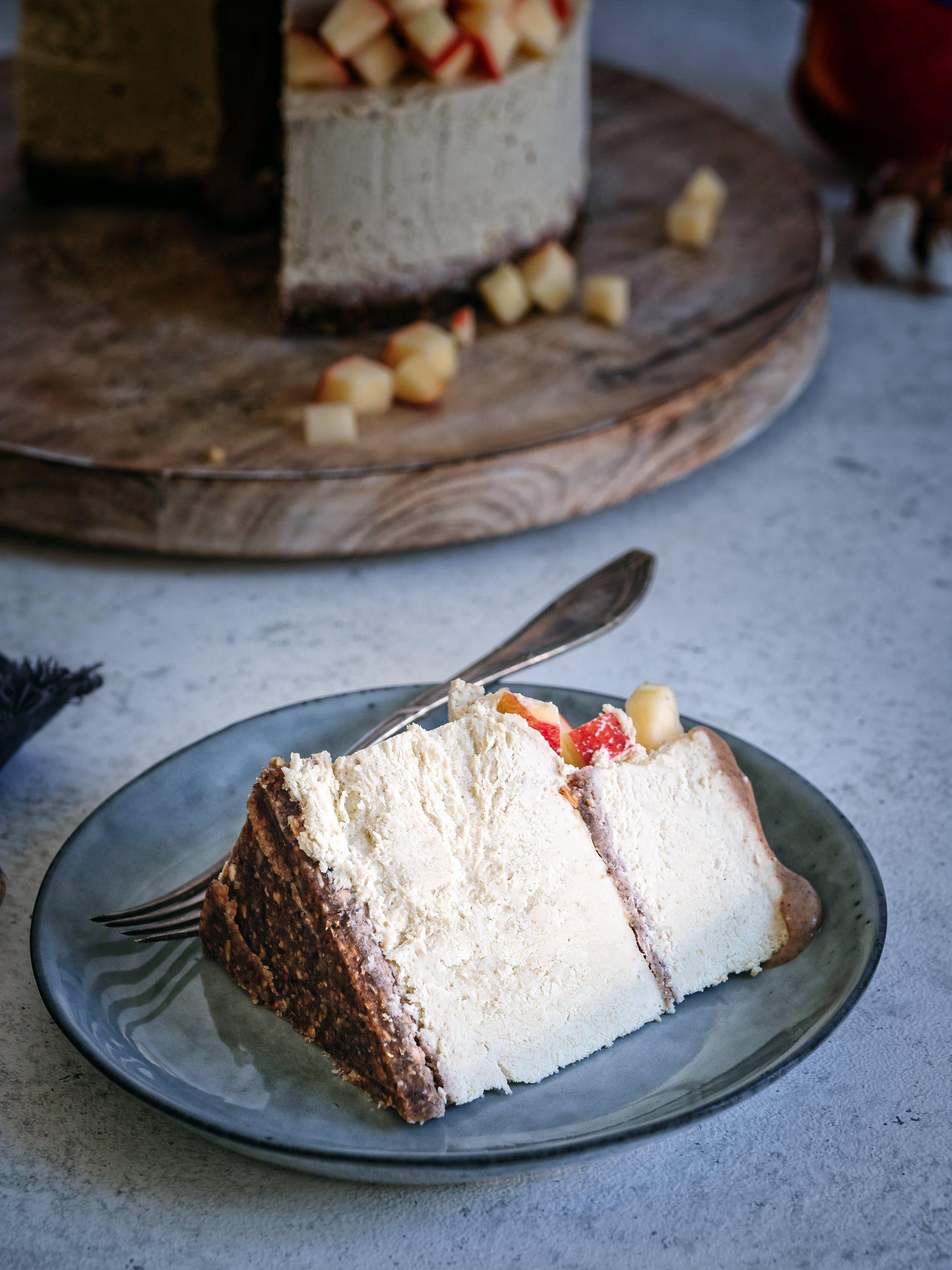 Salzkaramell Und Apfel Cheesecake Ohne Backen Rezept Vegane Sussigkeiten Kuchen Ohne Backen Und Lebensmittel Essen