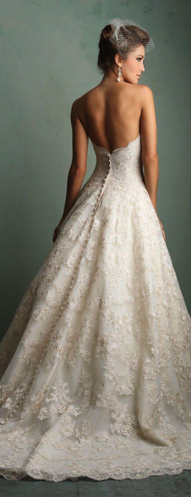 Wonderful lace mermaid wedding dress with cap sleeves