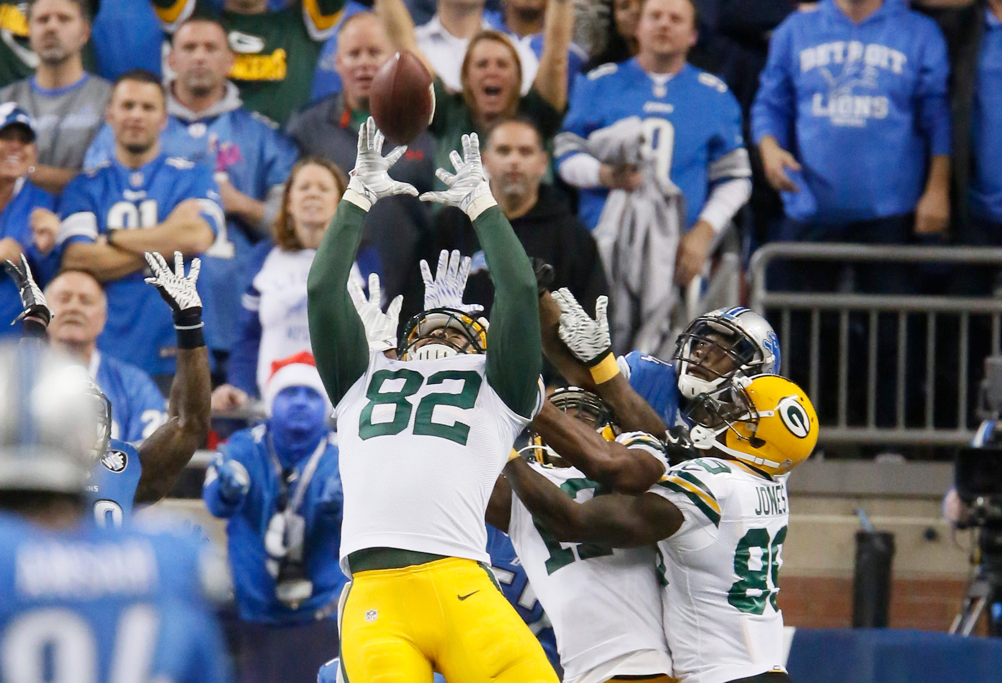 Officials Remember Aaron Rodgers Hail Mary Vs Detroit Lions As Just Another Play Nfl Season Aaron Rodgers Hail Mary Green Bay Packers Fans