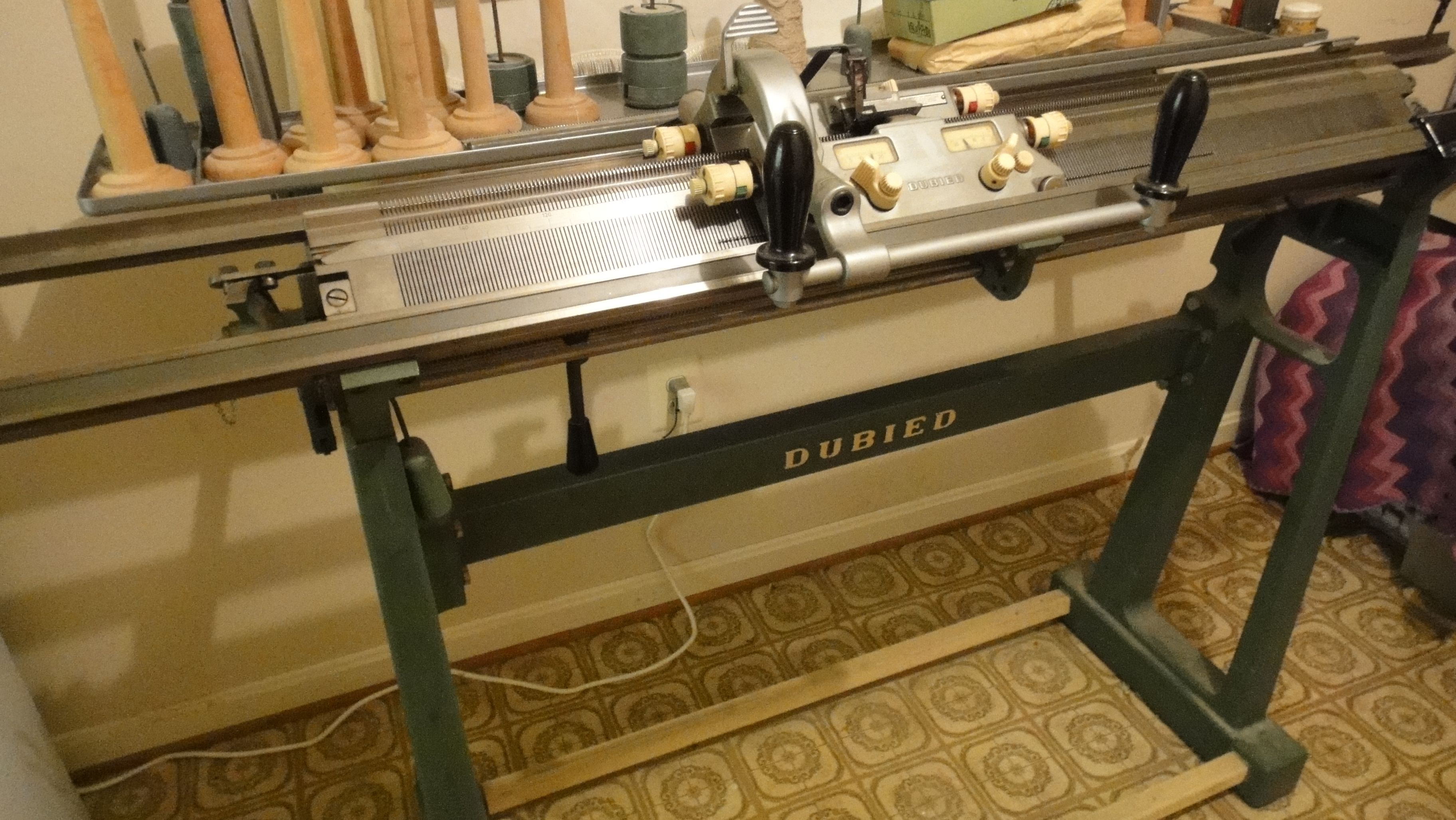 Second Hand Used N 1 Dubied N2 8g Ref16047 Hand Knitting Machine