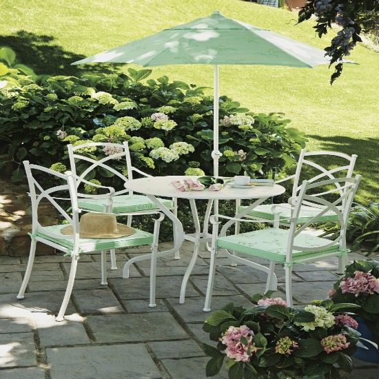 Very Pretty Patio Furniture