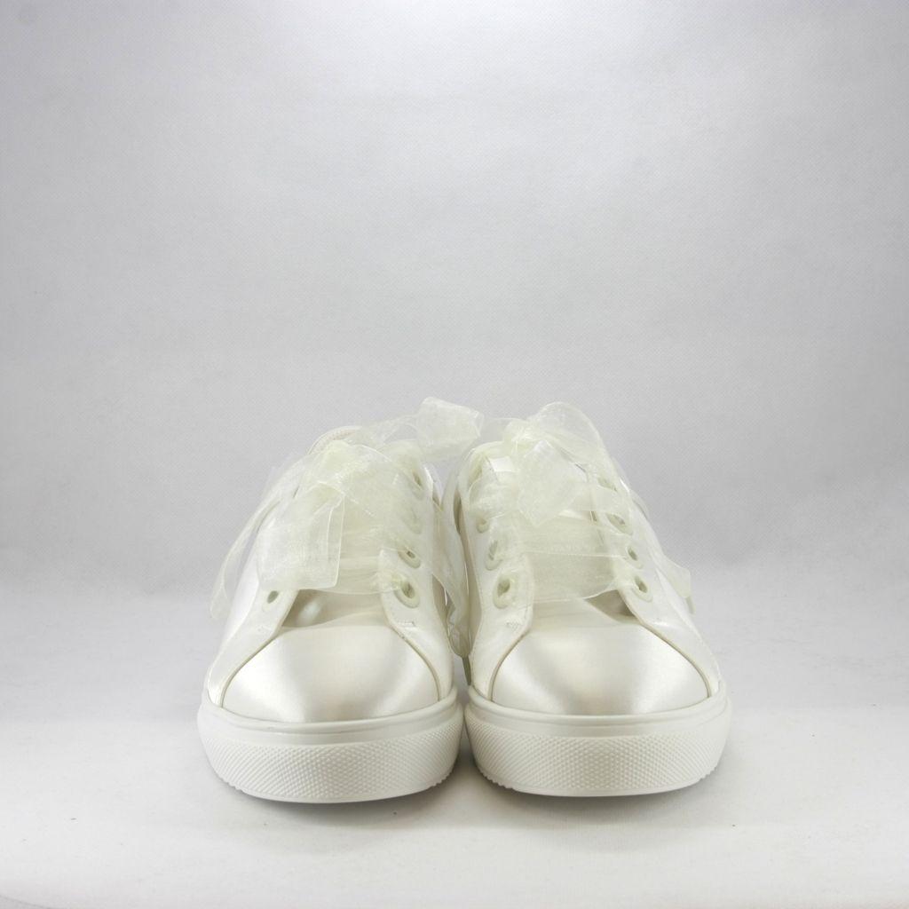 Marche Di Scarpe Da Sposa.Sneakers Sposa Con Dettaglio Fiocco Scarpe Da Sposa Sneakers Sposa