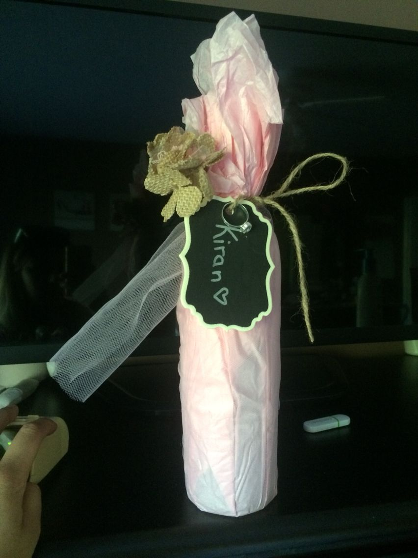 Wine bottle wrapping for bridesmaids